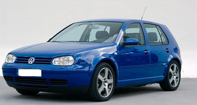 Автомобиль Volkswagen Golf 4
