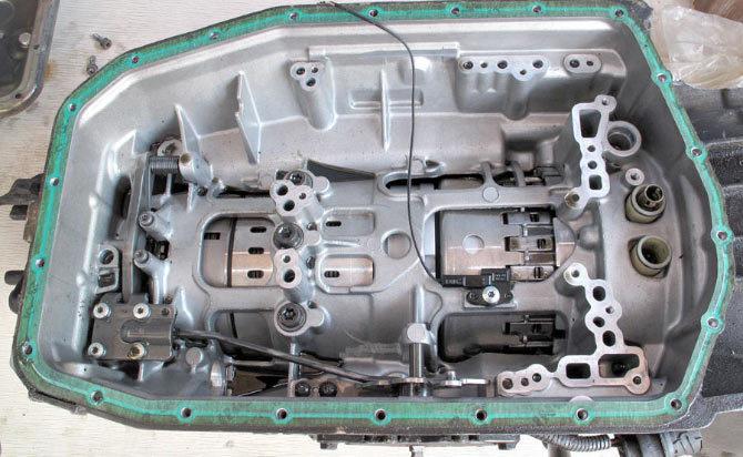 Разобранная коробка передач 5HP19