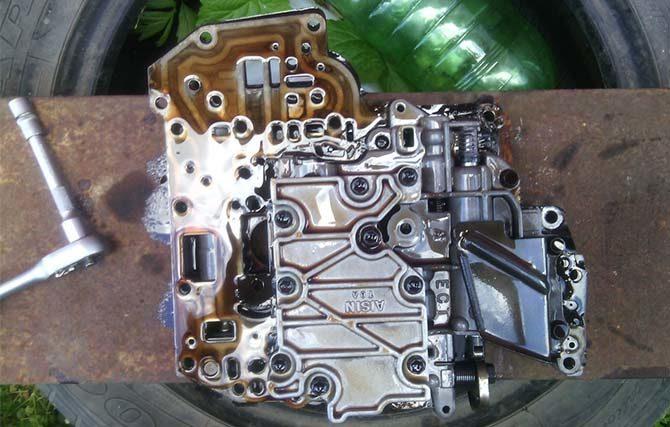 Разобранный гидроблок АКПП A140E